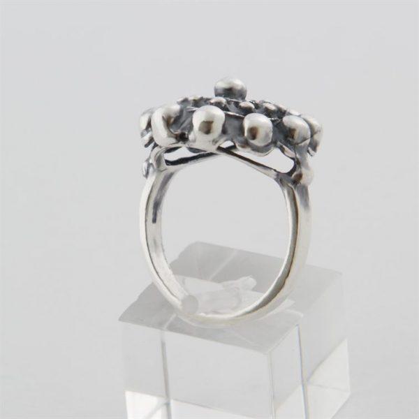 1643951_ring-zeeuwse-knop.jpg