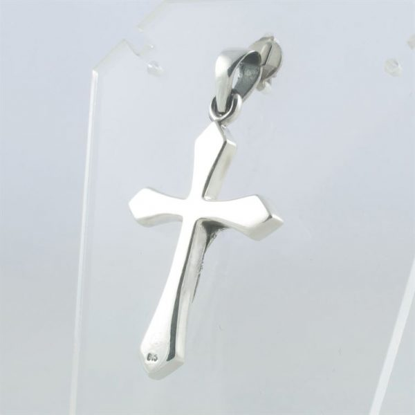 Hanger-kruisje-2-met-corpus--3.JPG