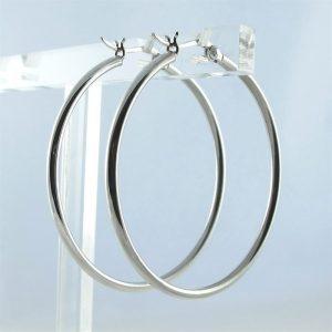 Zilveren-oorringen-2mm-met-klipsluiting--1.JPG