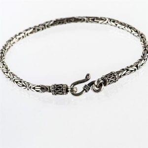 Zilveren_gevlochten_armband_smal.jpg
