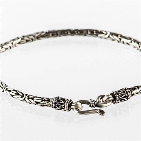 Zilveren_gevlochten_armband_smal.2.jpg