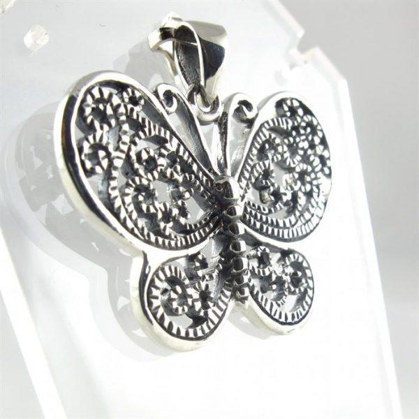 vlinder-hanger-opengewerkt--1.JPG