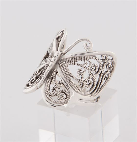zilveren_vlinder_ring_1.jpg